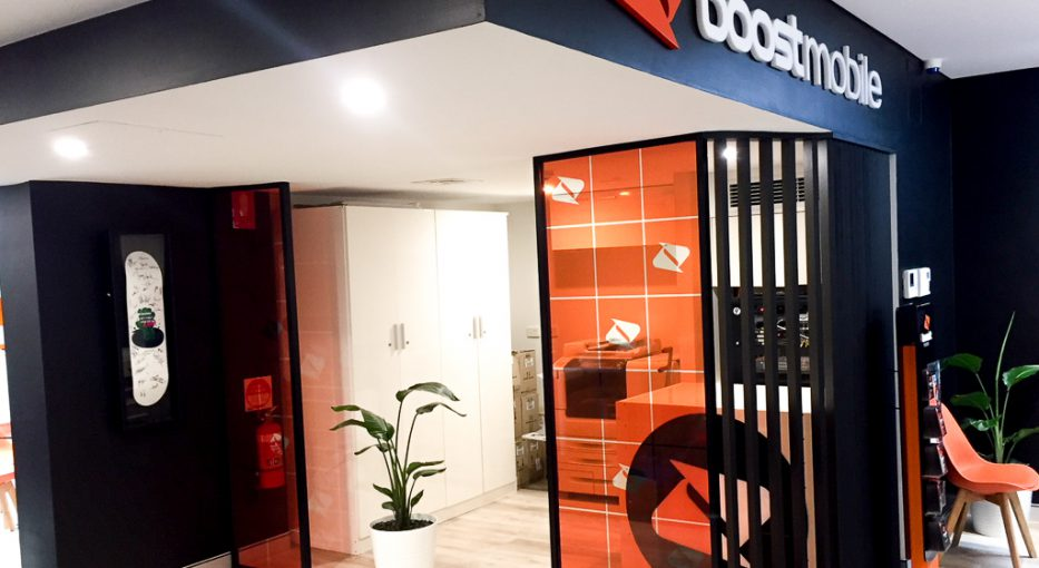 Boost Mobile New Store, KAWANA signs